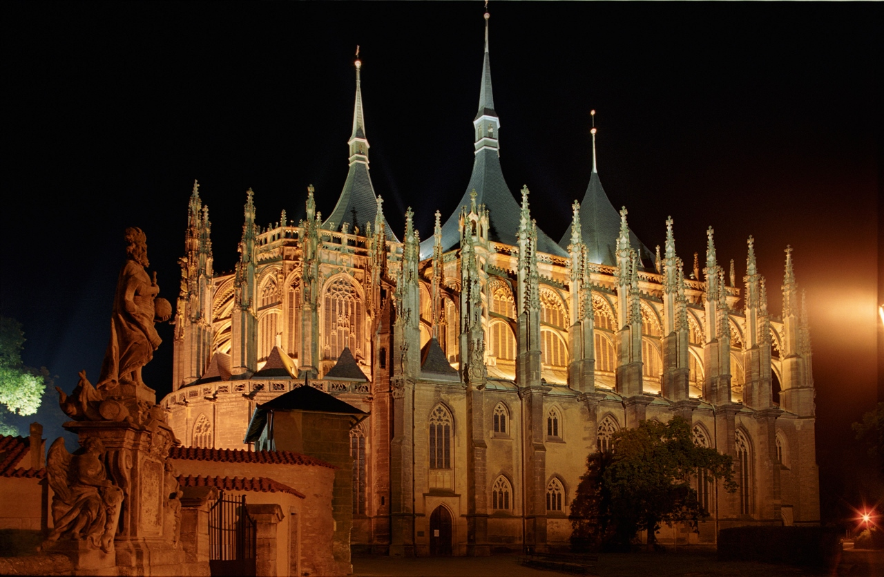 St. St. Barbara Cathedral Kutna Hora at night