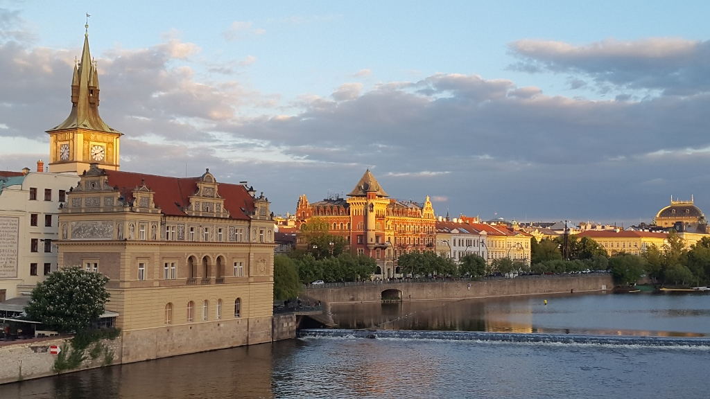 Beauty of the royal city of Prague (1024x576)
