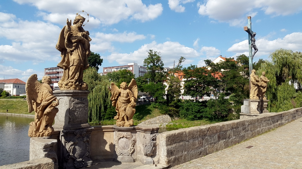 Sculptures on the oldest stone bridge in the Czech Republic (1024x576)